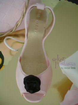 Nine West Pembe Saten Ayakkabı